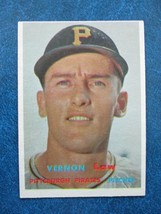 1957 TOPPS BASEBALL CARD #199 VERNON LAW PITTSBURGH PIRATES - $3.95
