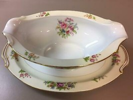 Gravy Boat with Attached Underplate in RO52 by Rose (Japan) - $36.63