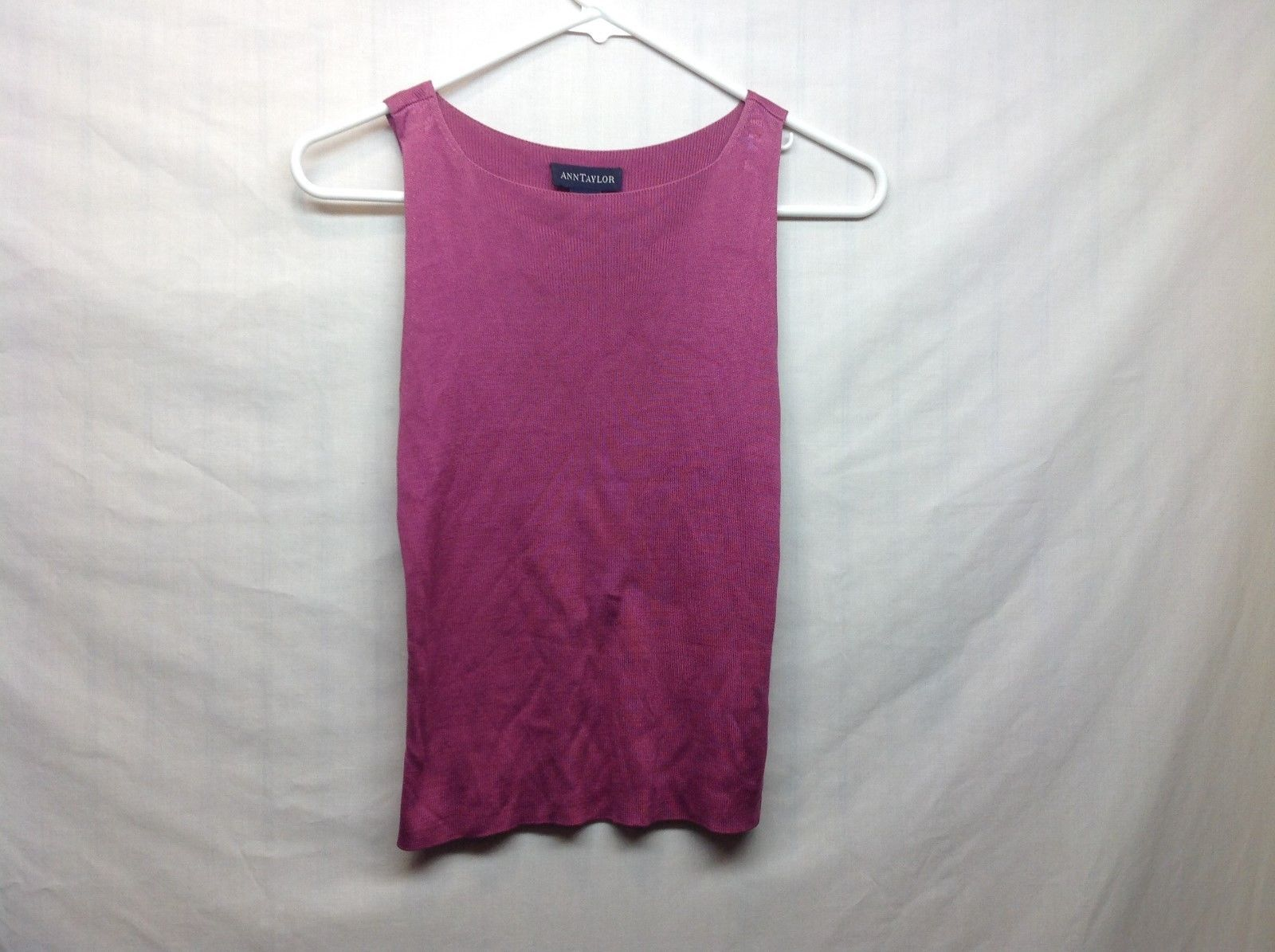 Ann Taylor Magenta Sleeveless Silk Top Sz S
