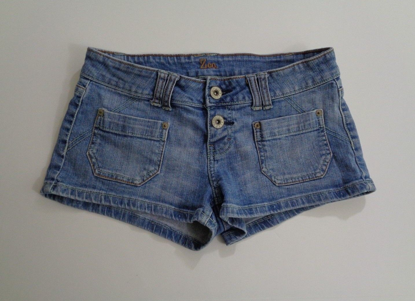 Primary image for Z Co Premium Womens Size 9 Denim Shorts Shorty Booty Medium Casual Blue Wash