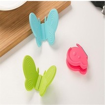 Butterfly Silicone Heat Resistant Pinch Holders/Pot Holder (Pack of 2)