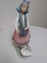 Rare Vintage Girl with Goose L.Ladro Daisa 1983 Retired Statue Figurine image 1