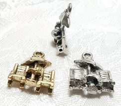 BEACH CHAIRS WITH UMBRELLA FINE PEWTER PENDANT CHARM -  14x19x4mm image 3