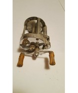 Vintage Levelwind Casting Reel, PFLUEGER SKILKAST Number 1953, operates ... - $24.50