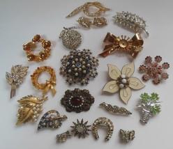 Vintage Brooch Lot With Stones Missing 3 Signed Trifari, Kramer, Coro - $50.49