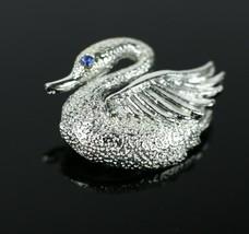 "Vintage Silver Tone Swan Bird Goose Signed "" GERRYS "" Brooch Costume Jew... - $7.16"