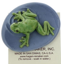 Hagen-Renaker Miniature Ceramic Frog Figurine Green Tree Frog on Pond