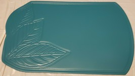 "Set of 3 PVC NON CLEAR Oval Placemats (18""x12"") ENGRAVED LEAVES ON BLUE/... - $14.84"