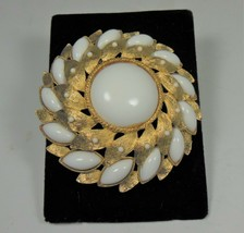 Vintage Runway Statement Gold Tone & White pin Brooch - $17.81