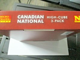 Micro-Trains # 99301870 Canadian National 60' High Cube Boxcar 3/Pack N-Scale image 11
