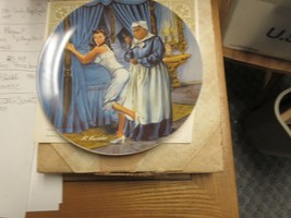 Gone With the Wind Knowles Collector Plate 'Mammy Lacing Scarlett' , 1982 - $24.75