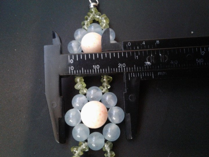 """7.5"""" Handmade Blue Agate, Coral, and Peridot Beaded Floral Bracelet Z370"""