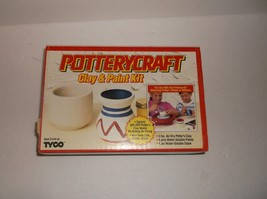 Vitnage 1991 Tyco Potterycraft Clay and Paint Kit SEALED Craft - $13.86