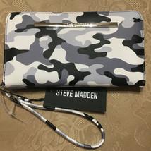 STEVE MADDEN Wallet Black Multi CAMOUFLAGE SILVER Hardware Zip Around UN... - $37.99