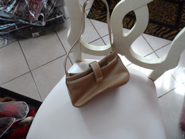 small Liz Claiborne tan handbag - $7.50