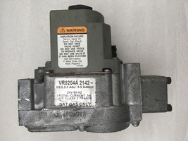 Honeywell VR8204A2142 Furnace Gas Valve 24V Natural Gas Only used+ FREE ... - $51.43