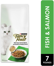 Purina Fancy Feast Adult Dry Cat Food Ocean Fish, Salmon & Garden Greens - $20.78