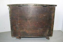 "Vintage Wood Metal Brass Tone Wheel Rolling Storage Chest 18.5""x14""x12.5"" Box image 5"