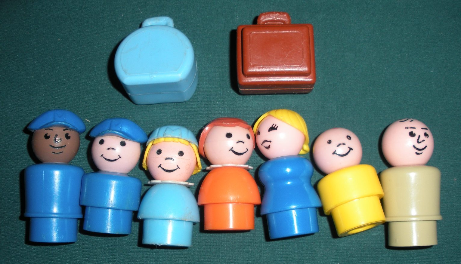 Vintage Fisher Price Play Family #993 Jetport Complete/VG+-VG++ (E)
