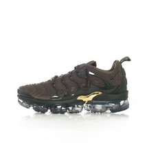 MAN BASKETS NIKE AIR VAPORMAX PLUS 924453.300  VERT - $245.30