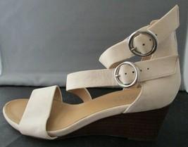 Franco Sarto Derek Nude/Tan Leather Wedge Sandals Women's Size 6M - $39.60