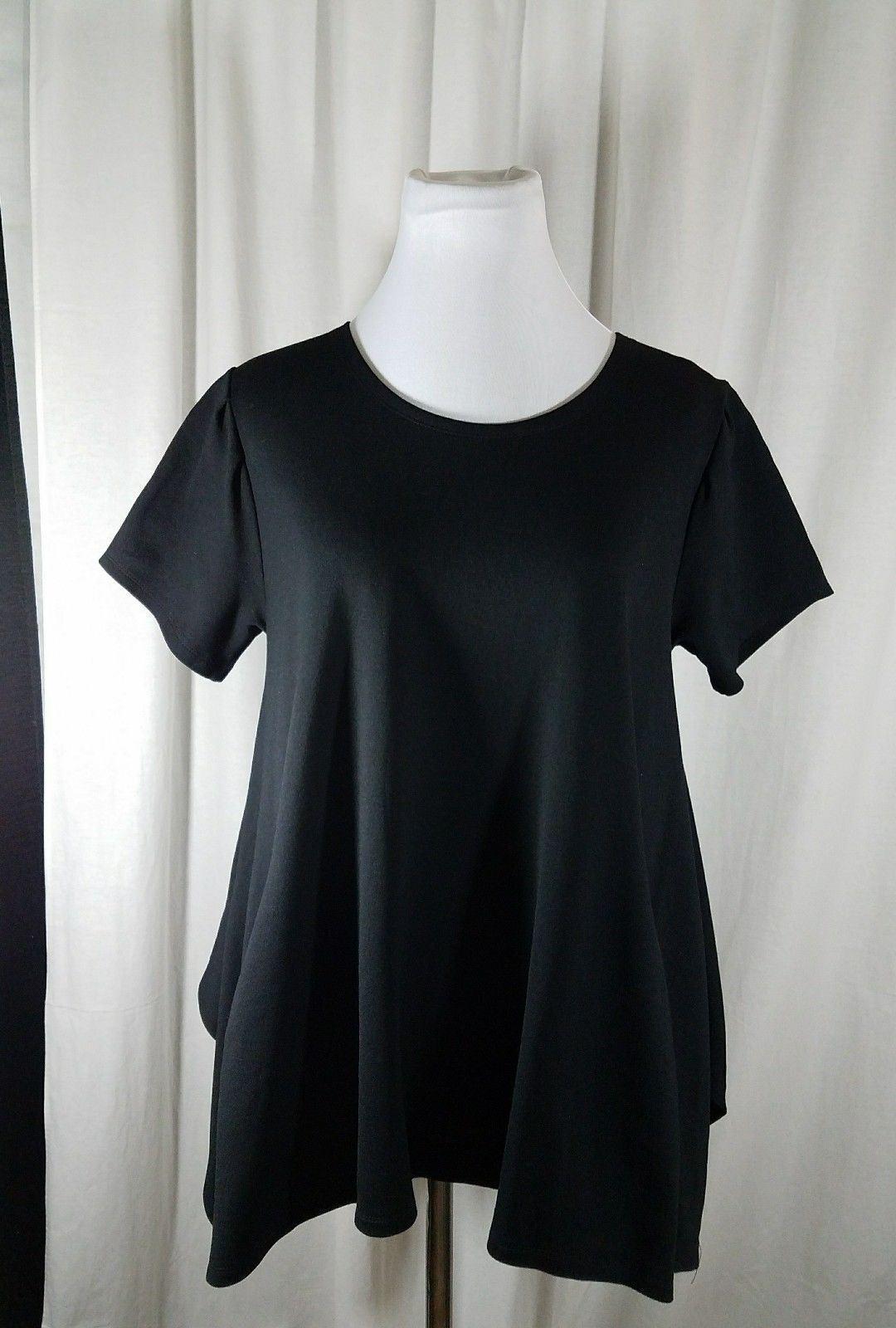 Pazzo Black Top Asymmetrical Hemline Round Neckline Short Sleeve Size L
