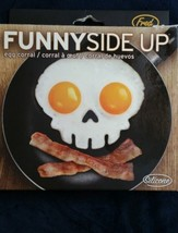 Funny Side Up egg shapes Silicone Skull fun breakfast food cooking kitch... - $12.79 CAD
