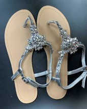 David Bridal Bridesmaids Rhinestone Sandals Thongs Shoes Women's Size 10 - $44.67