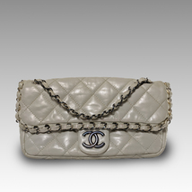 CHANEL Classic Chain Me Flap Bag in Pearl White Glazed Calfskin - $2,020.59 CAD
