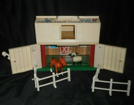 Vintage Fisher Price Little People Play Family Farm W/stable Horse Lamb & - $23.01