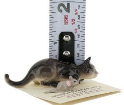 Hagen Renaker Miniature Cat Gray Crouching with Mouse Ceramic Figurine image 2