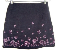 Byer Too! Dark Gray Mini Skirt with Pink Floral Embroidery Sz 11 - $9.49