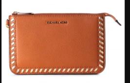 NWT Michael Kors Lauryn Medium Wristlet Leather ACORN - $72.27