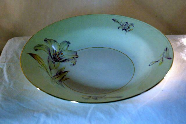 Homer Laughlin Creamy Yellow Band Purple Yellow Floral Rimmed Soup Bowl