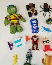 Wholesale lot of toys 53 peices, Cars, trucks, action figures, animals - $10.67 CAD