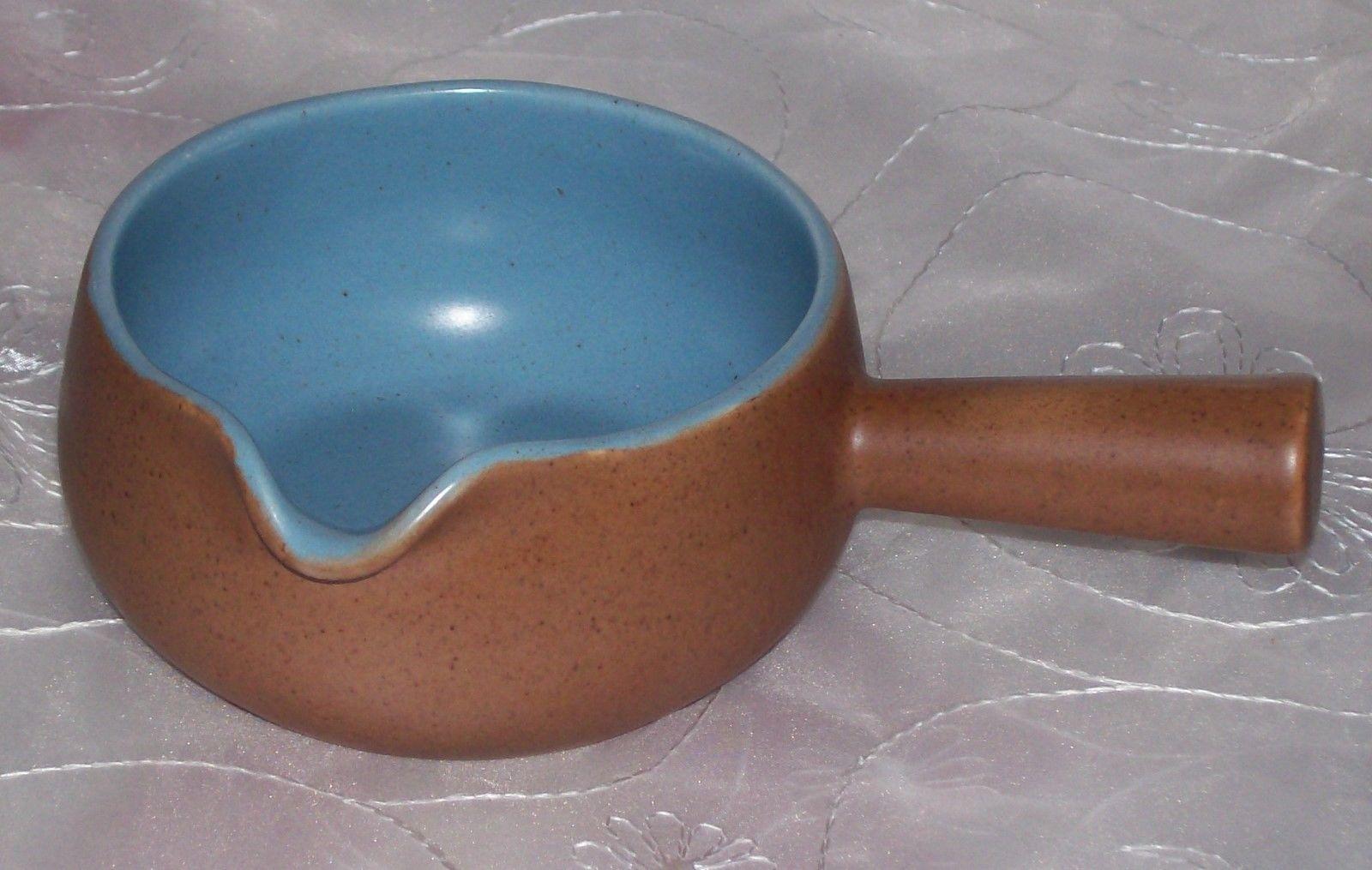 Metlox Poppytrail CALIFORNIA TEMPO BLUE Gravy / Sauce Boat EUC