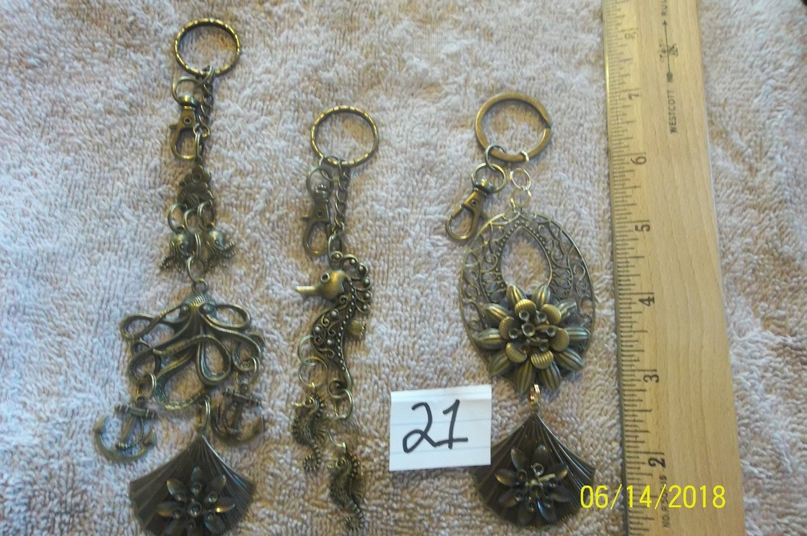 #purse jewelry bronze color keychain backpack filigree charms lot of 3 floral 21