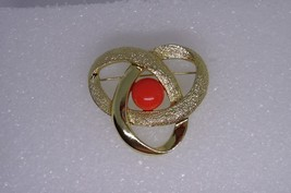 Vintage Sarah Coventry Orbit Pin Brooch Goldtone with Orange Center - $13.00