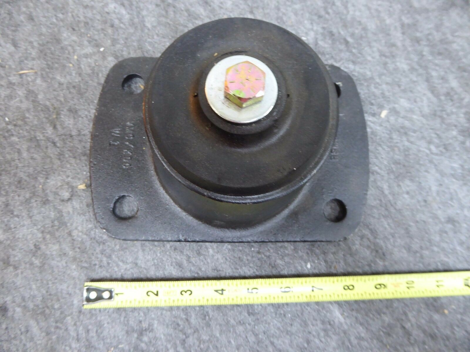 RSM3-700 VMC Sessmic Elastomeric shock and Vibrator Isolator