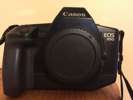 CANON EOS 650 35mm Auto Focus SLR Film Camera - $17.72