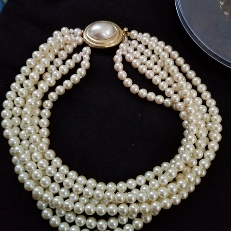 Are you 'the Girl With An Old Soul' ? Vint Pearls by Carolee 6 STRAND & Bracelet
