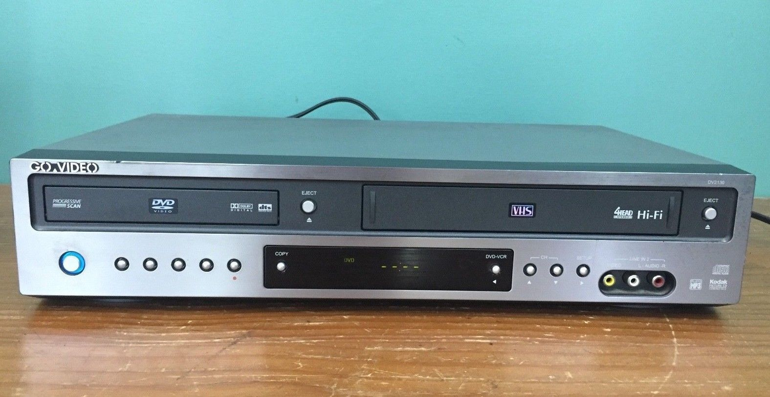 Go Video VCR/DVD Combo DV2130 4-Head Cassette Recorder VHS Player - Tested
