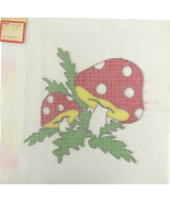 "Vintage 1970's Hand Painted Needlepoint ""1802QP"" Mm-mm Strawberry Mushrooms 6-CT - $30.33"