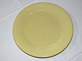 Fiesta Homer Laughlin China Co 10 1/2 inch dinner plate yellow 1 plate *^ - $18.01