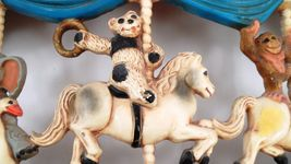 1979 Homco Universal Statuary Circus Animals Carousel Wall Hanging Brass Ring image 4