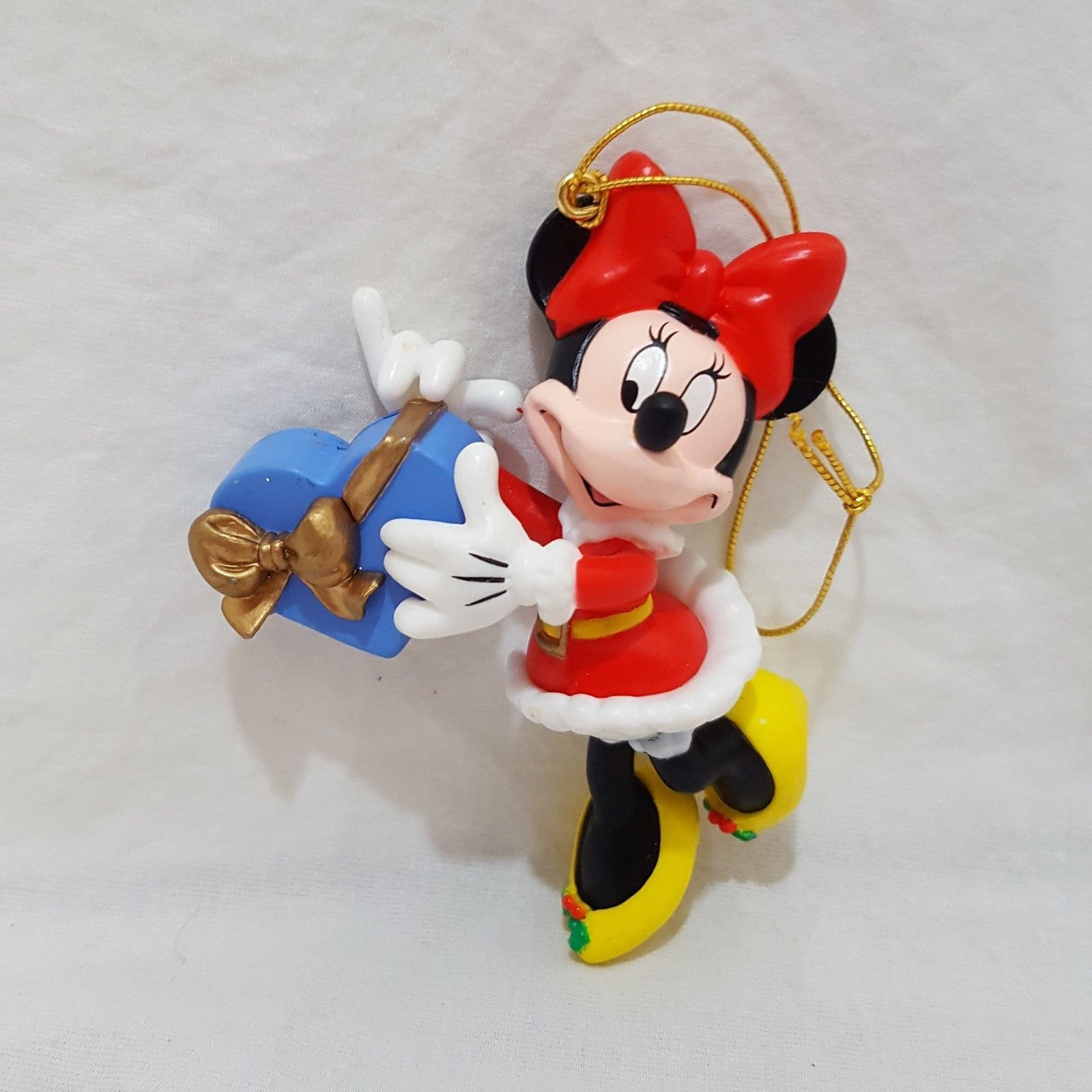 Minnie Mouse Disney Christmas Ornaments Resin 3 inches 1996 Heart Box Holiday