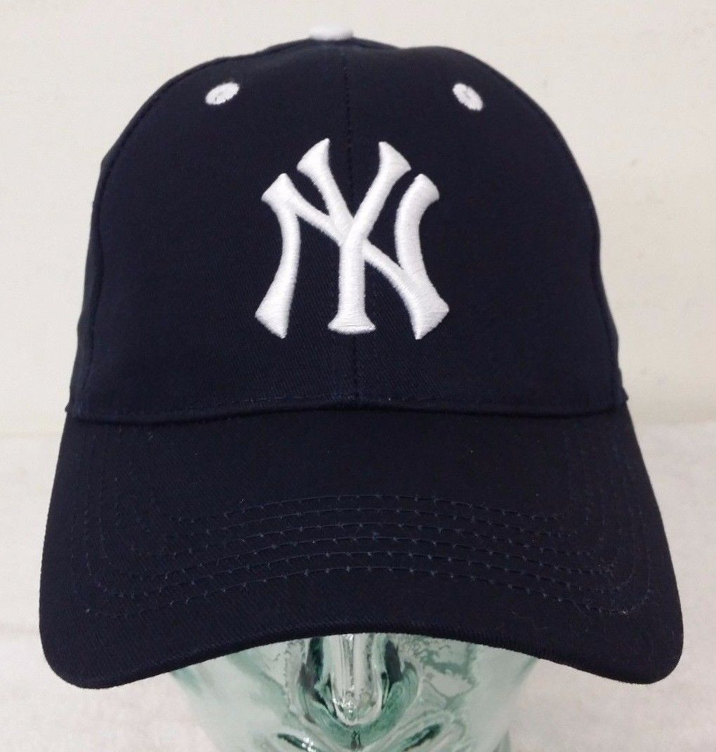 Primary image for New York Yankees Dark Blue Color Men's Adjustable Strap Curve Hat