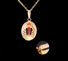 14kt gold Jockey pendant / Vintage kentucky derby necklace / groomsman g... - $325.00