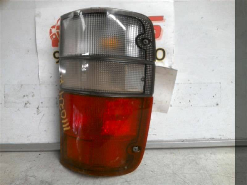 Primary image for Passenger Right Tail Light Fits 00-02 ISUZU TROOPER 217078
