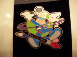 WDW -ARTIST CHOICE 2000 #2 (SPACEMAN MICKEY) SOLD OUT & RETIRED - $35.00